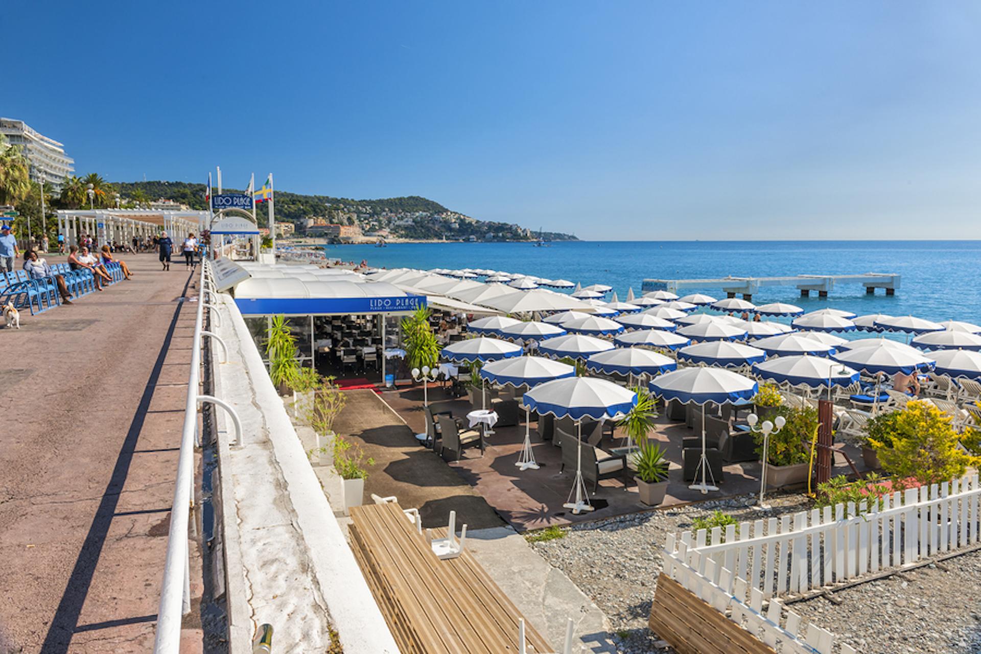 Les plages privées de la Promenade des Anglais à Nice