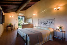 Holiday-Rentals-in-Tuscany-Florence-Villa-Tosca (6)
