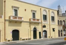 Swedish Home  - a palace in the main square - Depressa di Tricase - Salento