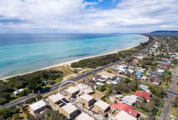 The Sandcastle - Port Phillip Bay Awaits - Good House Holiday Rentals