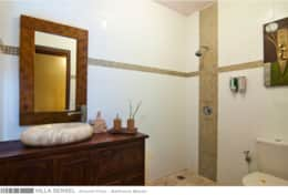Villa Sensel - Ground Floor - Bathroom Master - 1A