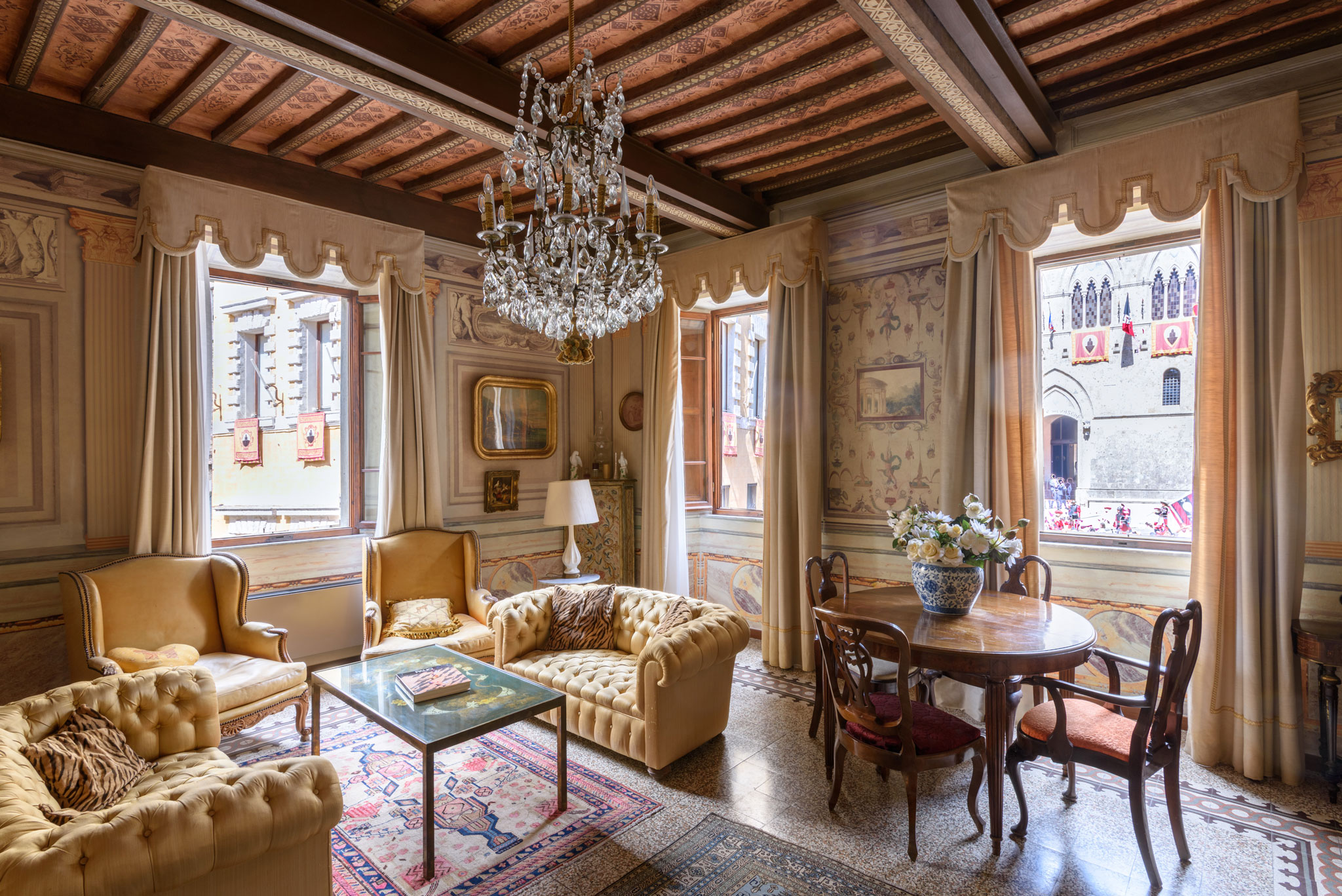 9024fa1ca7 Luxury houses with private wellness corner for holiday rentals in the heart  of Tuscany the historic Siena center