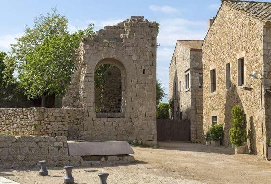castillo-empuries-sant-marti-empuries-la-escala-medieval-costa-brava