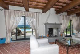Holiday-in-Tuscany-Poppi-Villa-Borgo-Bibbiena (32)