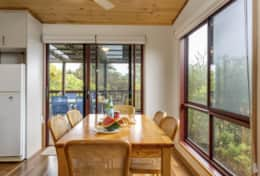 Doesntmatta - Bright Dining Room - Good House Holiday Rentals