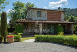 La-CascinaTuscanhouses-Vacation-Rental (1)