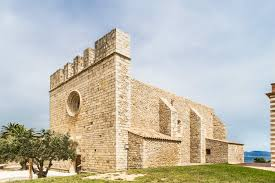 church-sant-marti-empuries-villas-coll-apartments-costa-brava-catalonia
