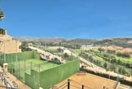 Private tennis/pade court