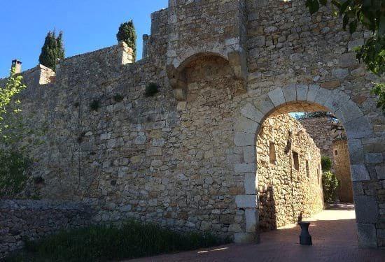 muralla-empuries-sant-marti-empuries-la-escala-costa-brava