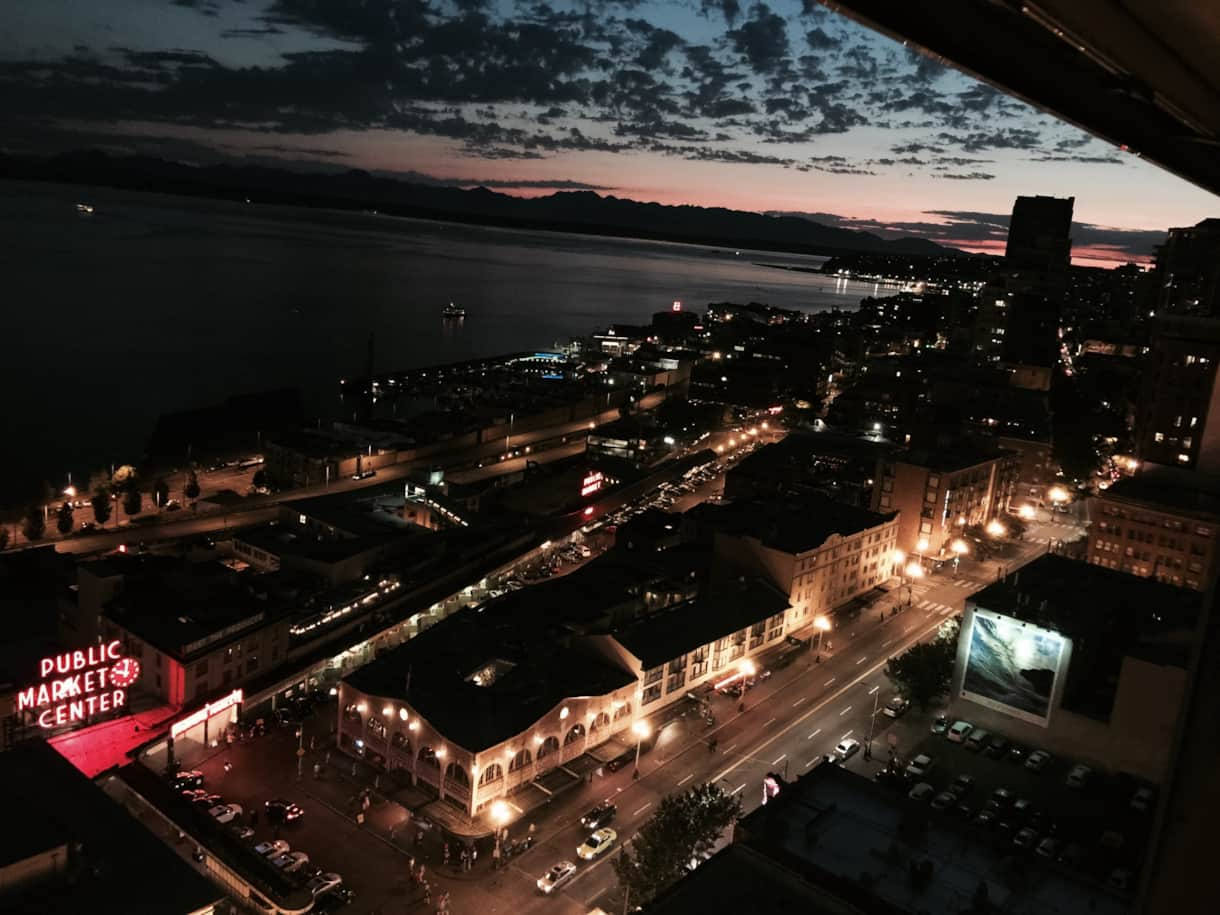 10PM-sunset-over-Pike-Place