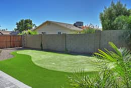 Turquoise House South Putting Green