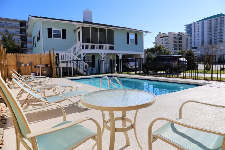 Hook, Wine & Sinker pet friendly beach house for rent