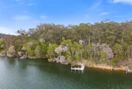 Jump right in -The River House Gipsy Point - Good House Holiday Rentals