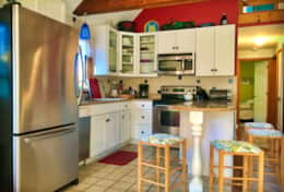 3harbors-realty-45-Michaels-way-wellfleet-vacation-property-kitchen