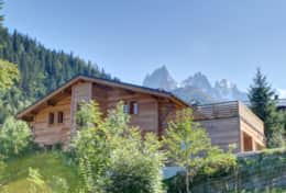 The chalet Kouffa is set in picturesque surroundings.