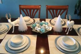 dining room table holiday setting