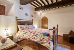 Antica Villa Cortona, ground floor apartment bedroom