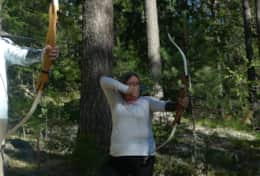 K45 Mackenzie Cottage – SWESCOT can arrange archery lessons that you shoot targets in the forest