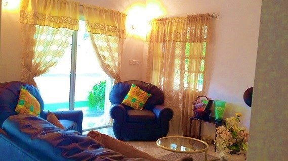 St Lucia Holiday Home Rental - Sitting Room
