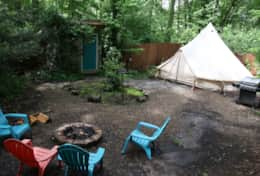 Outdoor area and fire pit - deluxe bell tent