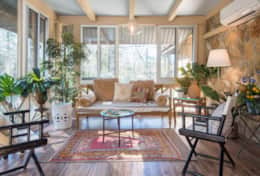 Beautiful 4 season sunroom, the Verandah, is perfect for evening relaxation and morning coffee