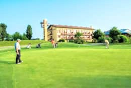 Have a nice tournament or just practice with your family in the GOLF club in Lignano only 6.5 km fro