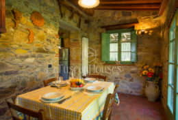 La-CascinaTuscanhouses-Vacation-Rental (27)
