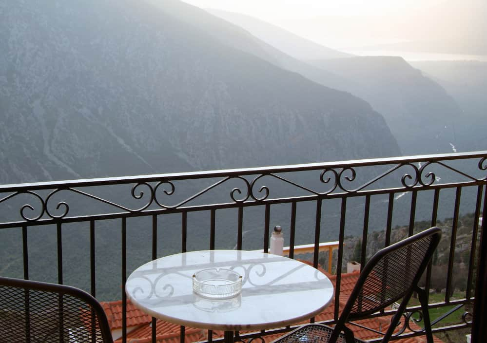 hotel-varonos-delphi-double-room-sea-view