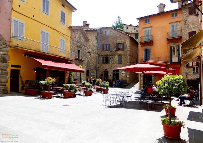 Main square in Montone