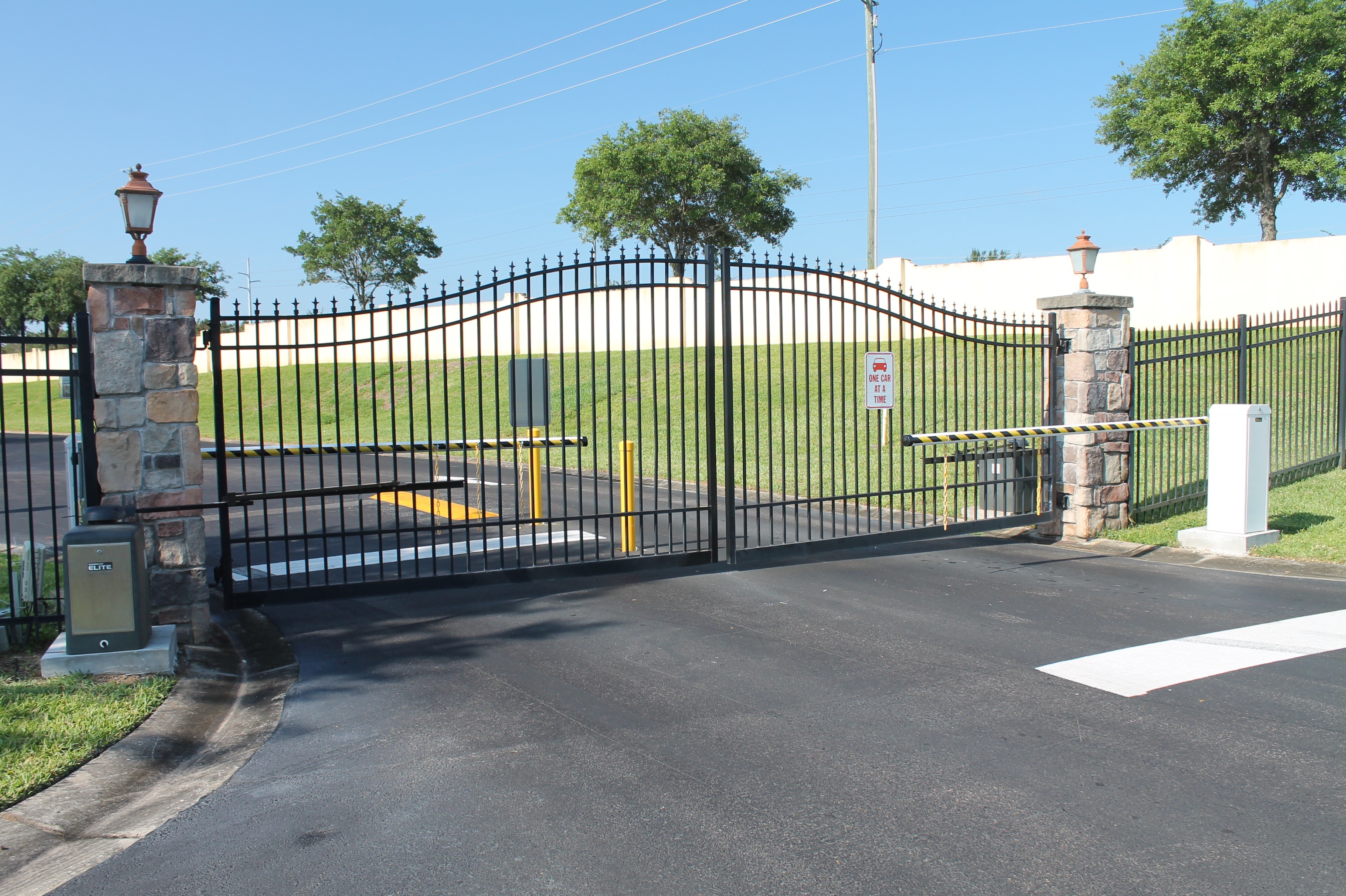 The community gate at Tuscan Hills